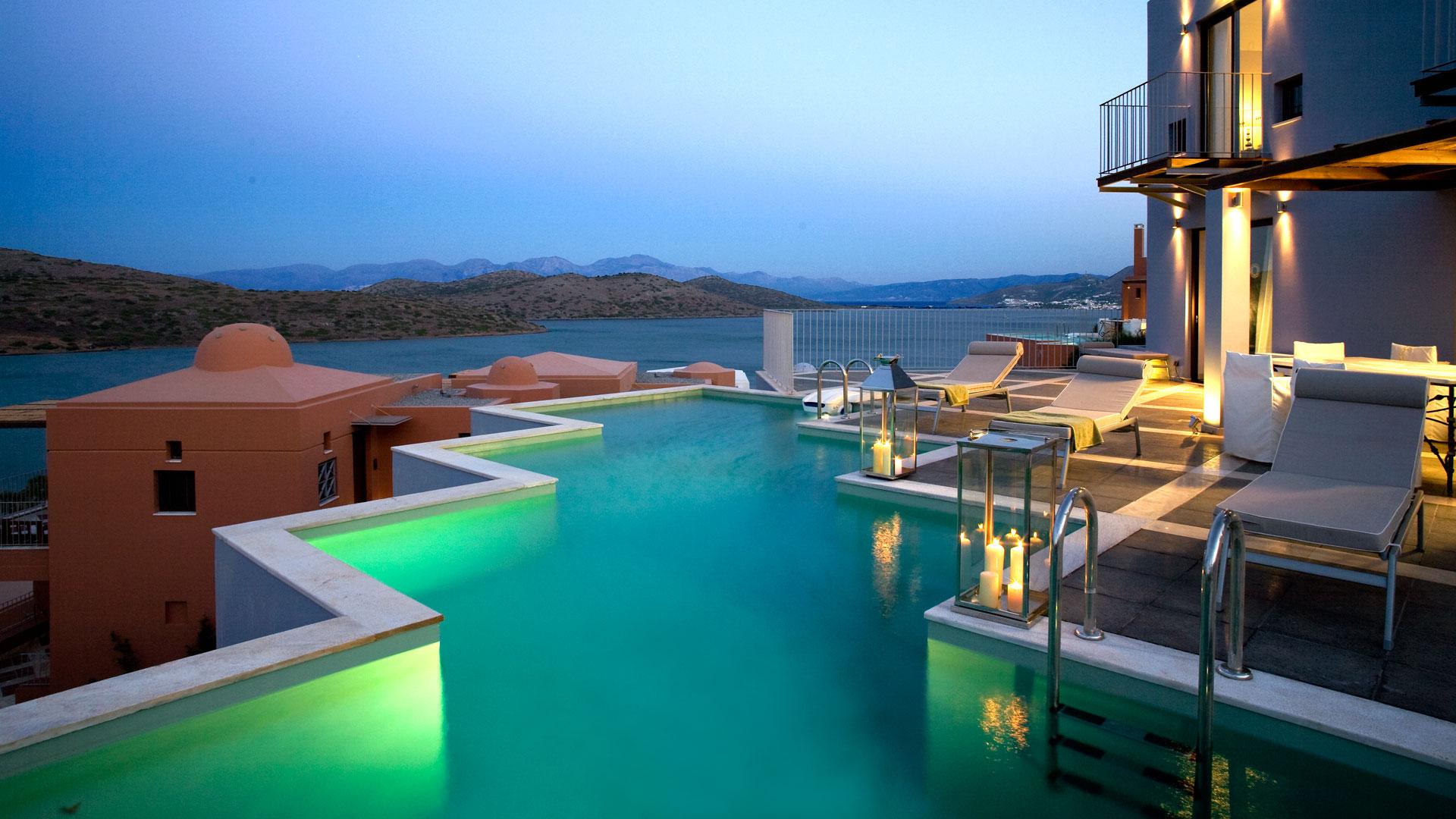 Holiday Luxury Accommodation